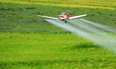 Com expansão do agro, aviação agrícola deve crescer 3% no país, estima Sindag
