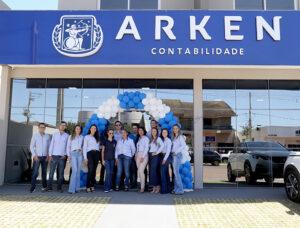 Arken Contabilidade inaugura novo e confortável espaço na mesma avenida